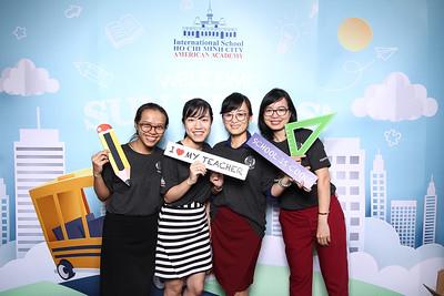 Dịch vụ in ảnh lấy liền & cho thuê photobooth tại sự kiện lễ khai giảng trường AAVN | Instant Print Photobooth Vietnam at AAVN New School Year