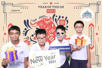 Dịch vụ in ảnh lấy liền & cho thuê photobooth tại sự kiện Tiệc mừng tết của trường American Academy | Instant Print Photobooth Vietnam at AAVN Tet Holiday Party