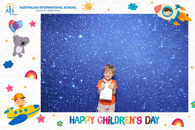 Dịch vụ in ảnh lấy liền & cho thuê photobooth tại Tết Thiếu nhi AIS tại chung cư Ascent | Instant Print Photobooth Vietnam at AIS-Ascent Children's day