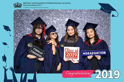Dịch vụ in ảnh lấy liền & cho thuê photobooth tại sự kiện lể tốt nghiệp trường BVIS | Instant Print Photobooth Vietnam at BVIS Graduation