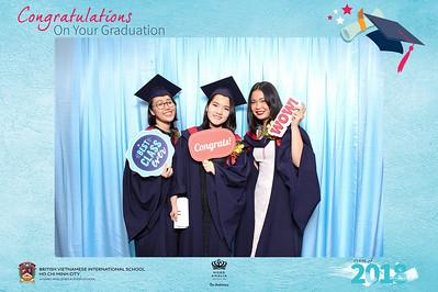 Chụp ảnh lấy liền và in hình lấy liền từ photobooth/photo booth tại sự kiện tốt nghiệp trường quốc tế BVIS | Instant Print Photobooth/Photo Booth at BVIS Graduation Day | PRINTAPHY - PHOTO BOOTH VIETNAM