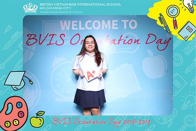 Chụp ảnh lấy liền và in hình lấy liền từ photobooth/photo booth tại sự kiện khai giảng năm học 2018-2019 trường quốc tế BVIS | Instant Print Photobooth/Photo Booth at BVIS Orientation Day 2018-2019 | PRINTAPHY - PHOTO BOOTH VIETNAM