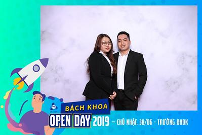 Dịch vụ in ảnh lấy liền & cho thuê photobooth tại  sự kiện ngày thông tin trường Bách Khoa | Instant Print Photobooth Vietnam at Bach Khoa Open Day