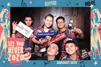 Dịch vụ in ảnh lấy liền & cho thuê photobooth tại sự kiện Tiệc mừng năm mới của Bam Bam Bar | Instant Print Photobooth Vietnam at Bam Bam Bar's New Year Eve 2021