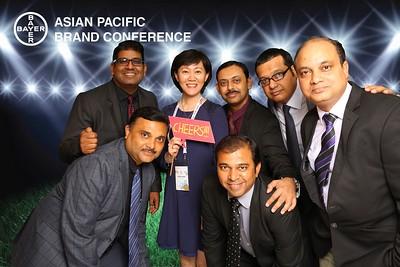 Chụp ảnh lấy liền và in hình lấy liền từ photobooth/photo booth tại sự kiện hội nghị cọng ty Bayer,  khu vực  Châu Á Thái Bình Dương | Instant Print Photobooth/Photo Booth at Bayer Asian Pacific Brand Conference | PRINTAPHY - PHOTO BOOTH VIETNAM
