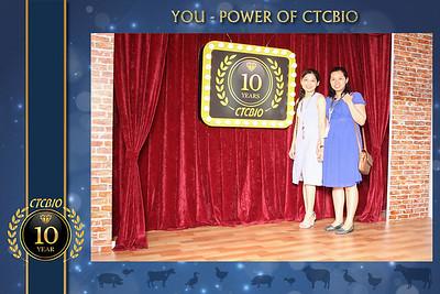 Chụp ảnh lấy liền và in hình lấy liền từ photobooth tại tiệc kỷ niệm 10 năm công ty CTCBIO  | Instant Print Photobooth at CTCBIO 10th Anniversary | PRINTAPHY - PHOTO BOOTH VIETNAM