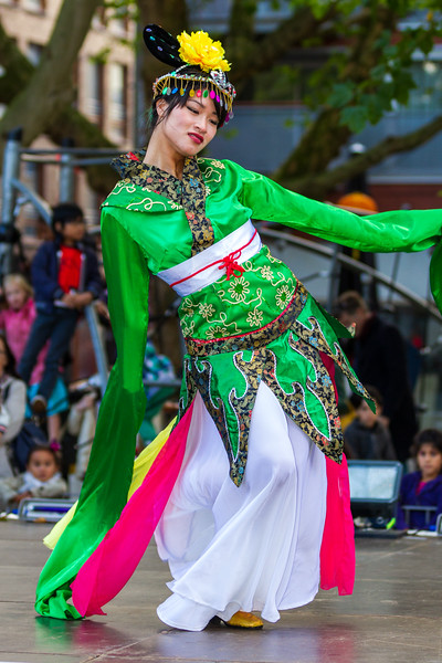 Traditional Chinese Dancer - Chinese Moon Festival