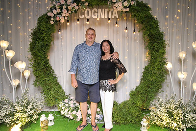 Dịch vụ in ảnh lấy liền & cho thuê photobooth tại sự kiện tiệc của hiệp hội giáo dục Cognita | Instant Print Photobooth Vietnam at Cognita Party