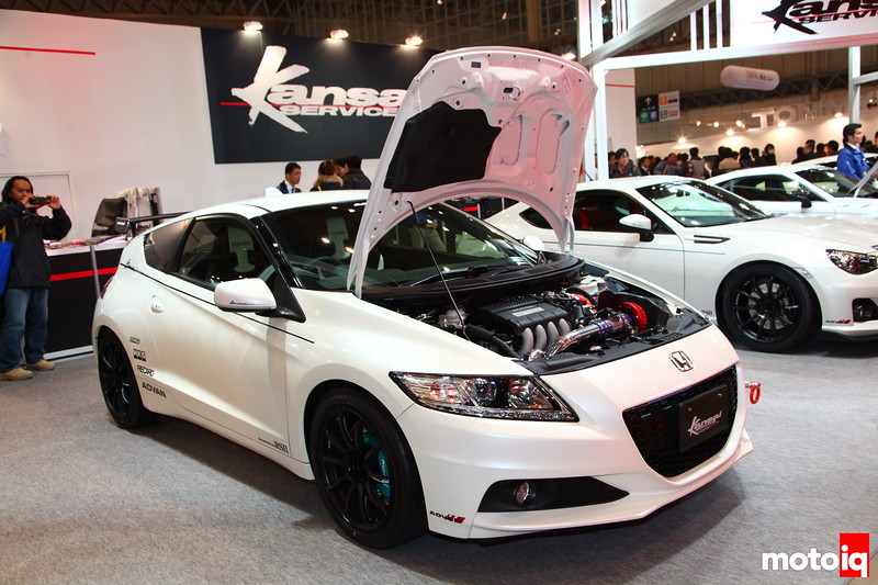 Shops are really pushing the extremes of ECO-Tuning. This CR-Z sports HKS-Kansai Service's Stage 2 GT4015 supercharger and F-Con iS. Claims to make 201HP at 6000 RPM