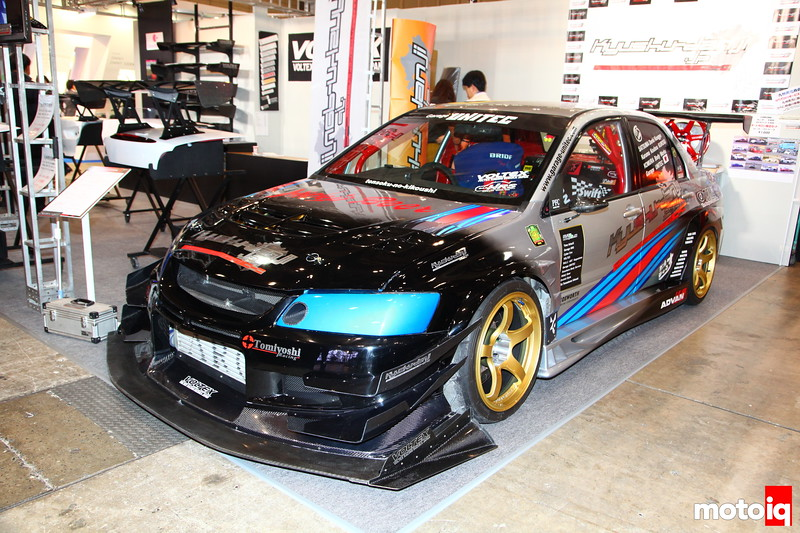 Kyushu-Danji (translation: The boys from Kyushu). This EVO looks serious! Headwork by Cosworth, Short-block via a Tomei 4G63-22kit, 600HP they claim. Very little info is listed on the docket as far as turbo/tuning, but we'll find out more later.