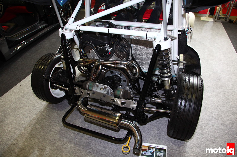VR4, don't think I've ever seen a 4cyl in a V configuration before. Tube Chassis, a Z33 Cusco diff.