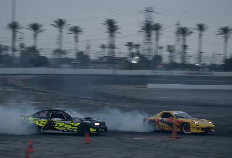 BMW E46 and Mazda RX7 drifting tandem battle