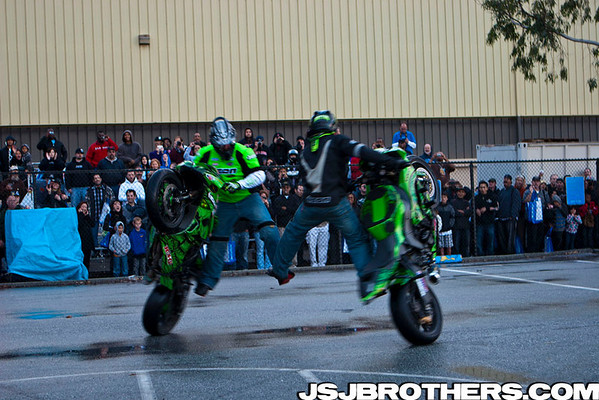 International Motorcycles Show Team No Limit Stunt Show