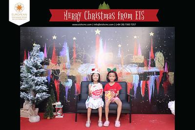 Chụp ảnh lấy liền và in hình lấy liền từ photobooth/photo booth tại sự kiện tiệc giáng sinh trường EIS | Instant Print Photobooth/Photo Booth at EIS Christmas Party | PRINTAPHY - PHOTO BOOTH HO CHI MINH | PHOTO BOOTH VIETNAM