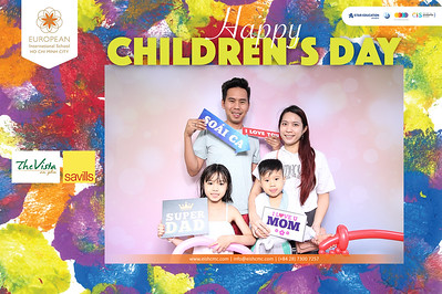 Dịch vụ in ảnh lấy liền & cho thuê photobooth tại sự kiện tiệc quốc tế thiếu nhi của trường EIS tại The Vista | Instant Print Photobooth Vietnam at The Vista Children's Day