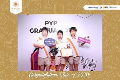 Dịch vụ in ảnh lấy liền & cho thuê photobooth tại sự kiện Lễ tốt nghiệp của trường EIS | Instant Print Photobooth Vietnam at EIS Graduation