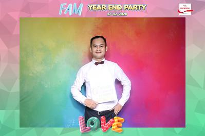 Dịch vụ in ảnh lấy liền & cho thuê photobooth tại sự kiện tiệc giáng sinh, Noel của bộ phận FAM Prudential | Instant Print Photobooth Vietnam at FAM Prudential Christmas Party
