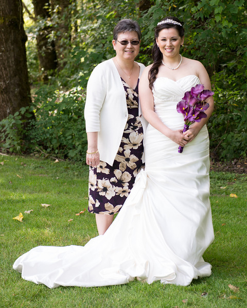 130712-Gilley_Wedding_Bridal_Party_and_Family-122