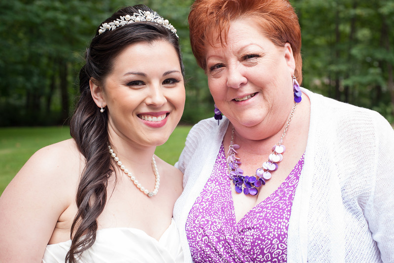 130712-Gilley_Wedding_Bridal_Party_and_Family-205