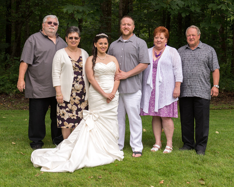 130712-Gilley_Wedding_Bridal_Party_and_Family-196