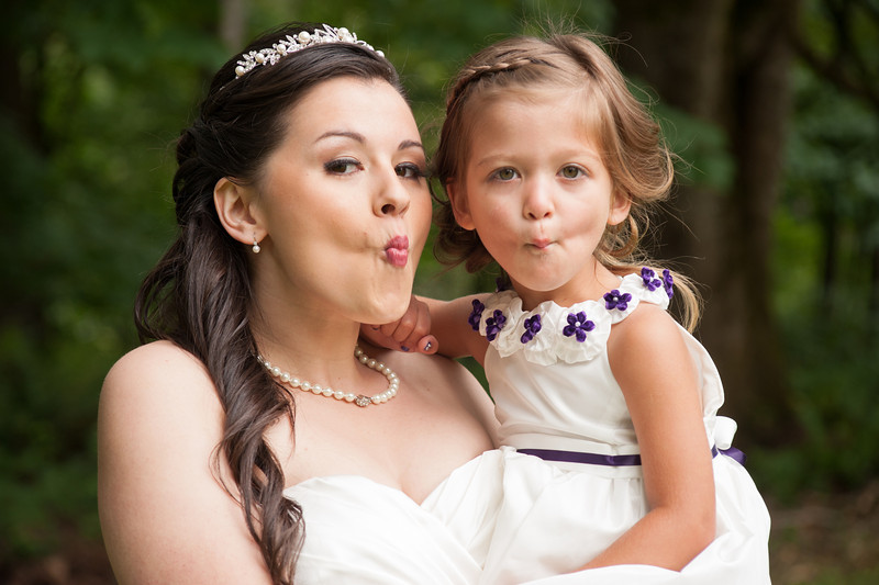 130712-Gilley_Wedding_Bridal_Party_and_Family-189