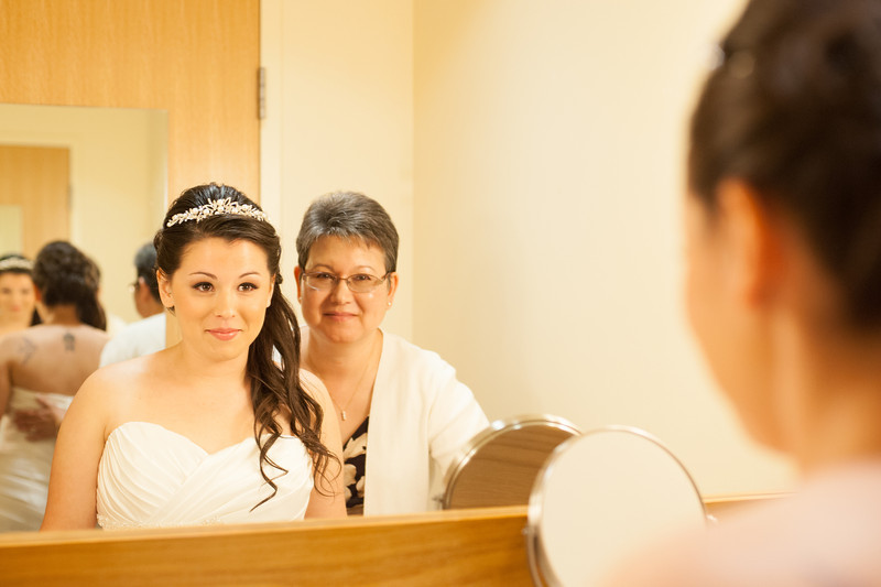 130712-Gilley_Wedding_Prep-73