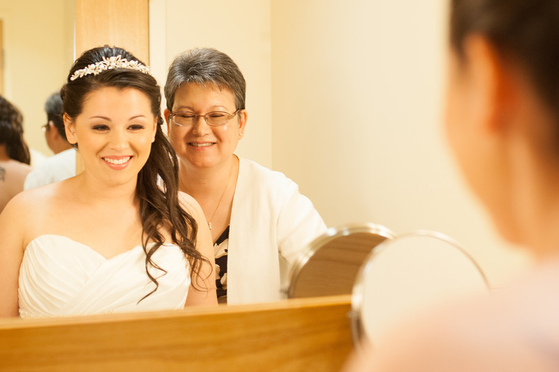 130712-Gilley_Wedding_Prep-71