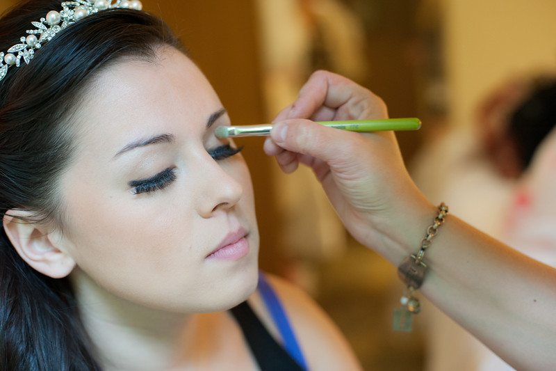130712-Gilley_Wedding_Prep-19
