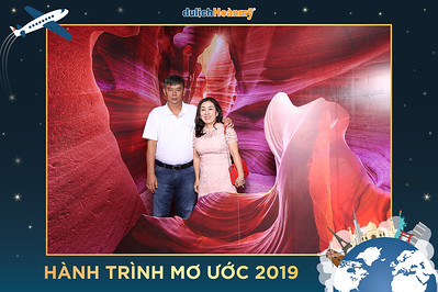 Chụp ảnh lấy liền và in hình lấy liền từ photobooth/photo booth tại sự kiện tiệc tri ân khách hàng của công ty du lịch Hoàn Mỹ | Instant Print Photobooth/Photo Booth at Hoàn Mỹ Travel Thank You Party | PRINTAPHY - PHOTO BOOTH HO CHI MINH | PHOTO BOOTH VIETNAM