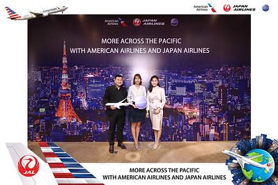 Dịch vụ in ảnh lấy liền & cho thuê photobooth tại sự kiện tiệc tri ân của công ty du lịch Hương Giang | Instant Print Photobooth Vietnam at Huong Giang Travel Appreciation Day