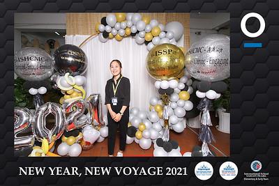 Dịch vụ in ảnh lấy liền & cho thuê photobooth tại sự kiện Tiệc mừng năm mới của Trường Quốc tế TPHCM   Instant Print Photobooth Vietnam at ISHCMC New Year Party