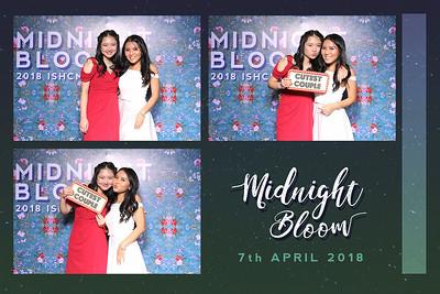 Chụp ảnh lấy liền và in hình lấy liền từ photobooth/photo booth tại tiệc Prom của trường quốc tế ISHCMC | Instant Print Photobooth/Photo Booth at ISHCMC Prom | PRINTAPHY - PHOTO BOOTH VIETNAM