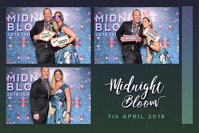 Chụp ảnh lấy liền và in hình lấy liền từ photobooth/photo booth tại tiệc Prom của trường quốc tế ISHCMC | Instant Print Photobooth/Photo Booth at ISHCMC Prom | PRINTAPHY - PHOTO BOOTH VIETNAM
