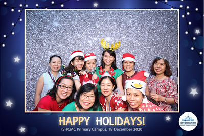 Dịch vụ in ảnh lấy liền & cho thuê photobooth tại sự kiện tiệc giáng sinh của nhân viên trường ISHCMC | Instant Print Photobooth Vietnam at ISHCMC Staff Christmas Party