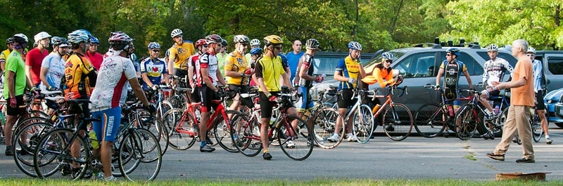Dave Burow Giving Instructions Before Saturday Century_©2011RCohen
