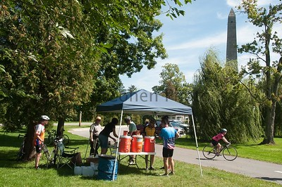 Rest Stop at Saratoga Battle Monument_©2011RCohen