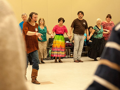 Beckys_Intro_To_Balkan_Dance_6_©2014BobCohen