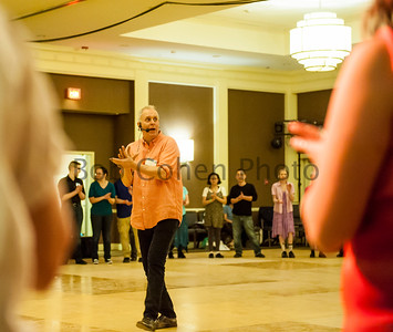 Basics_of_Bulgarian_Dance_2016_Flurry_6820©2016BobCohen