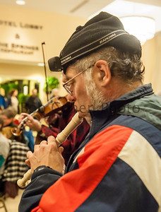 Pan-Celtic_Fiddle_Tune_Jam_2016_Flurry_6684©2016BobCohen