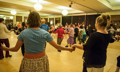 Basics_of_Bulgarian_Dance_2016_Flurry_6829©2016BobCohen