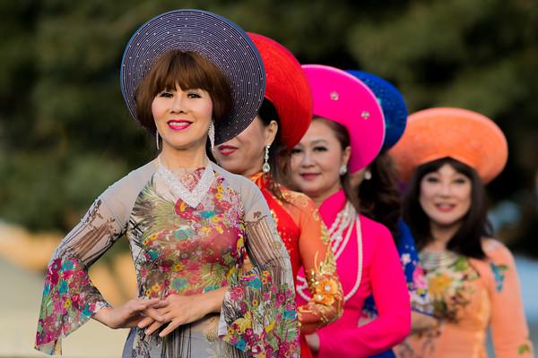 Vietnamese Wedding Dancers