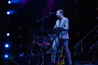 Adobe Max Bash 2017 - Linq Parking Lot with Mark Ronson & supporting act Saint Motel.