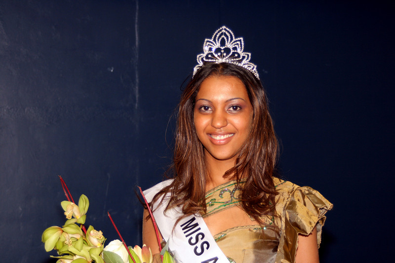 Backstage at Miss Angola UK 2007