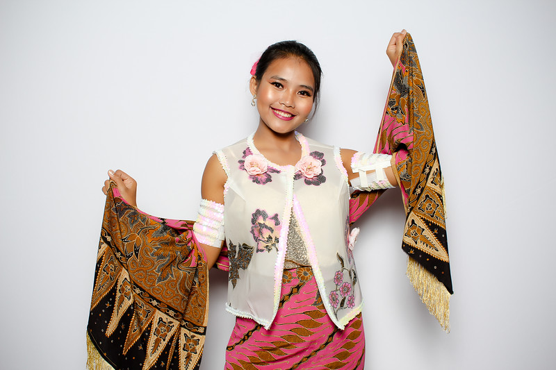 """AARC Styles of Asia Fashion Show on November 17, 2018 - Photo and GIF Booth by BoothEasy Photo Booth Company <a href=""""http://www.bootheasy.com"""">http://www.bootheasy.com</a>"""