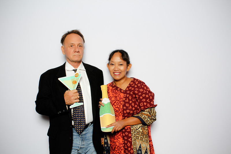 "AARC Styles of Asia Fashion Show on November 17, 2018 - Photo and GIF Booth by BoothEasy Photo Booth Company <a href=""http://www.bootheasy.com"">http://www.bootheasy.com</a>"