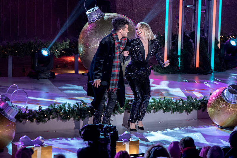 Rockefeller Tree Lighting 2019  w/Jordan Fisher & Julianne Hough