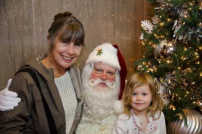 Santa at Grove_35