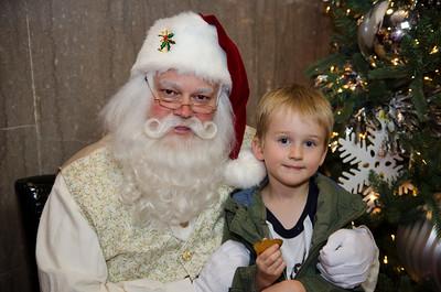Santa at Grove_24