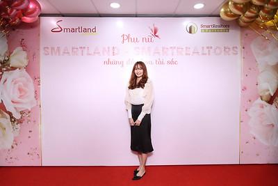 Dịch vụ in ảnh lấy liền & cho thuê photobooth tại sự kiện Mừng ngày Quốc tế Phụ nữ của công ty Smartland   Instant Print Photobooth Vietnam at Smartland Women's Day Celebration