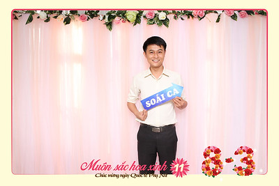 Chụp ảnh lấy liền và in hình lấy liền từ photobooth/photo booth tại tiệc 8/3 công ty THACO | Instant Print Photobooth/Photo Booth at Newlane's Women's Day | PRINTAPHY - PHOTO BOOTH VIETNAM